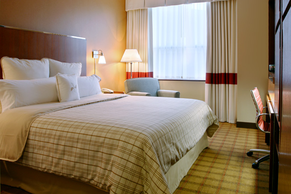 A guest room at the Four Points by Sheraton Philadelphia City Center