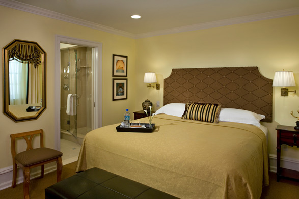 A guest room at the Rittenhouse 1715